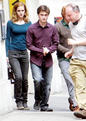 Harry Potter levette Hermionét a lábáról