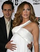 Megszülettek Jennifer Lopez ikrei