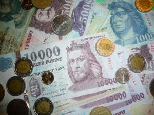 Iskolai botrányok: akár 150 ezer forintos pénzbüntetés