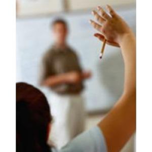 Ellenzik a tanárok továbbképzési kötelezettségének megszüntetését