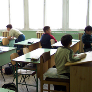 Szociális munkások foglalkoznának a problémás gyerekekkel