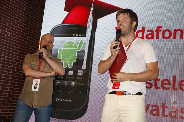 A Nagy Vodafone Okostelefon Beavatáson debütált Magyarország legmegfizethetőbb kapacitív érintőképernyős okostelefonja, a Vodafone 858 Smart
