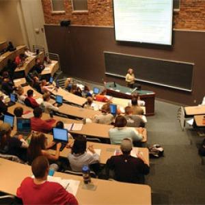 Integráció a felsőoktatásban: az intézmények keresik a megoldásokat