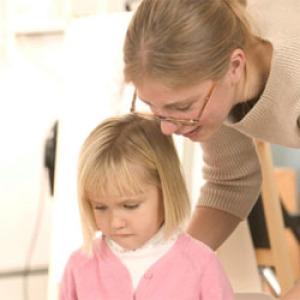 Hóközi kifizetéssel rendezik a pedagógusok esetleges bérkülönbségét