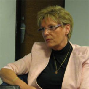 Hoffmann: 10-100 ezer forinttal nőnek a jövedelmek