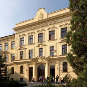 Országos díj és névváltoztatás a Nyugat-magyarországi Egyetemen