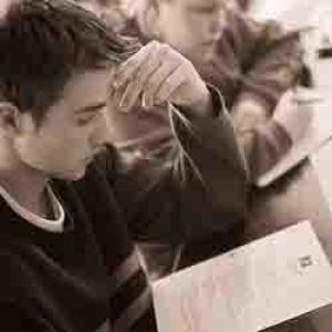 Fiatal határon túli magyar oktatók kapnak támogatást
