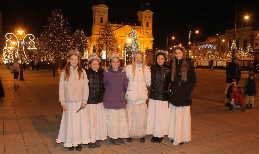 Ismét Debrecenbe érkeznek a betlehemezők