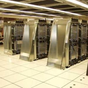 1,9 milliárdos szuperszámítógép érkezik Debrecenbe