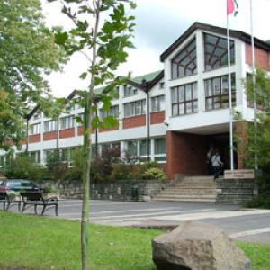 Együttműködési megállapodást írt alá a VM és az Edutus Főiskola