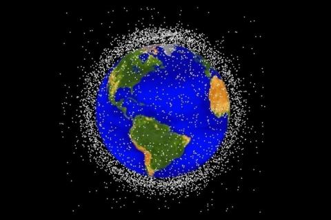 Már az űrt is szennyezzük