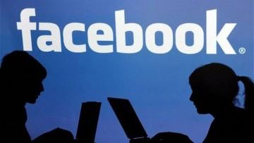 A gonosz Facebook idegeníti el a gyerekeket?
