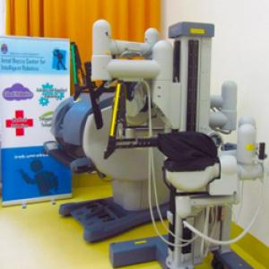 Megérkezett Magyarországra az első da Vinci sebészrobot