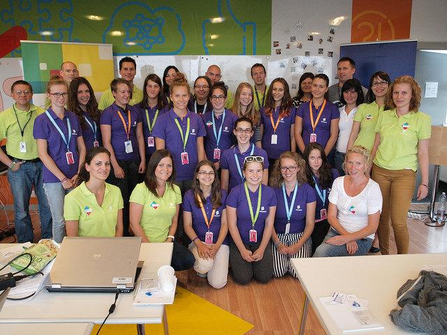 Tinifejlesztők az Ericssonnál – Mobilalkalmazás kurzussal indult a Skool őszi programja
