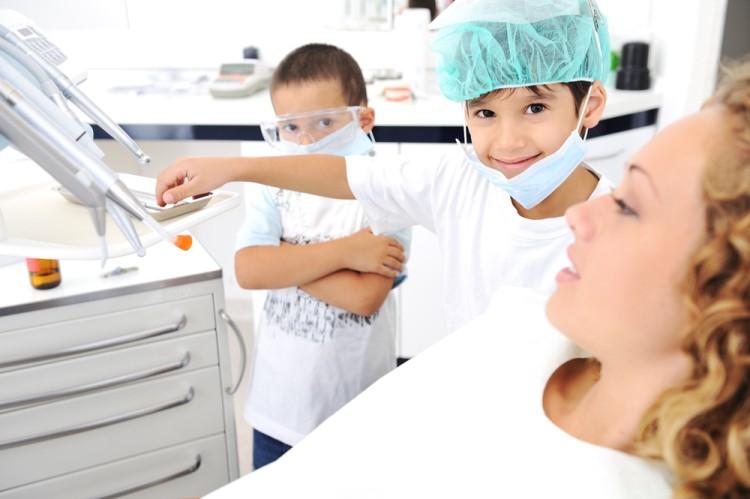 Szeressük meg a fogorvost! 8 tipp kisgyermekes szülőknek
