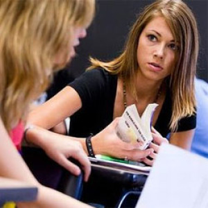 Ösztöndíjjal támogatják a tanár szakos hallgatókat