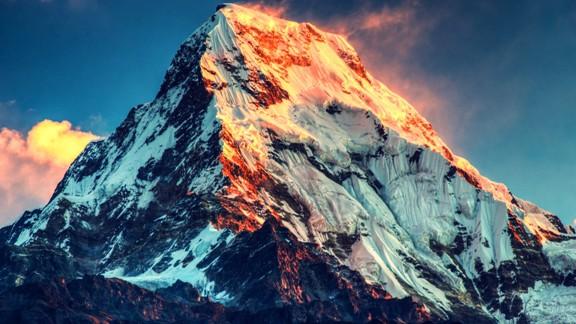 Évtizedeken belül elolvadhatnak a Mount Everest gleccserei