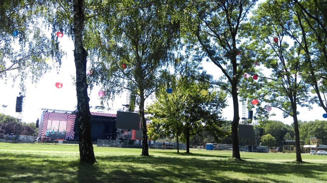 Világbajnok emeli magasba a fesztiválozókat a Szigeten