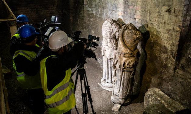 Szenzációs lelet, a Halászbástya elveszett szobrai kerültek elő egy pincéből