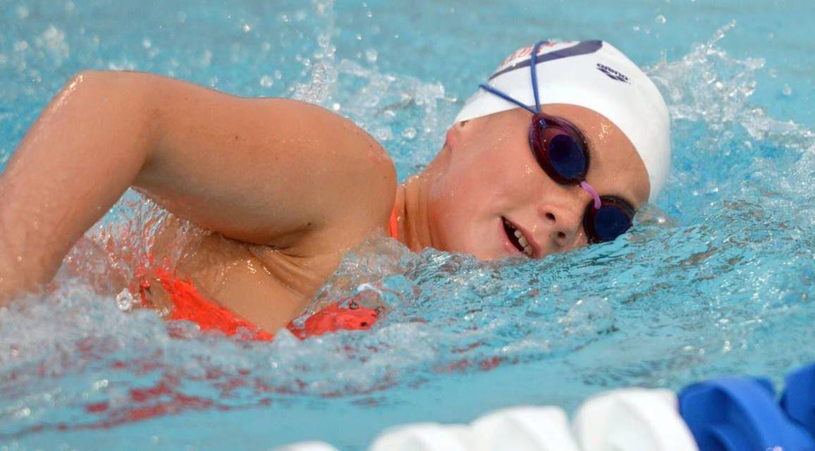 Miért járjanak úszni az elhízott gyerekek?