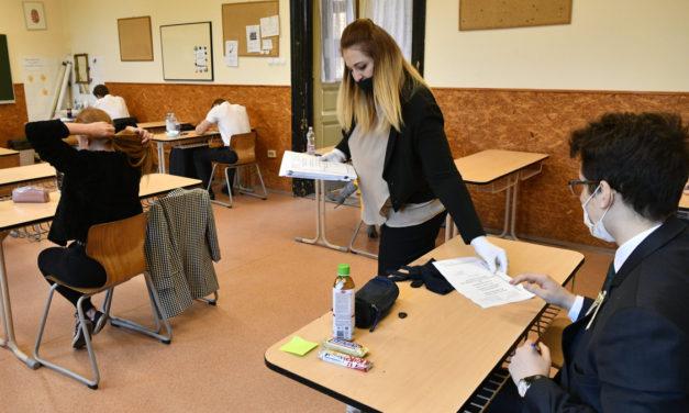Megvan az első szaktanári vélemény a magyarérettségiről: viszonylag könnyű szöveget kaptak a diákok