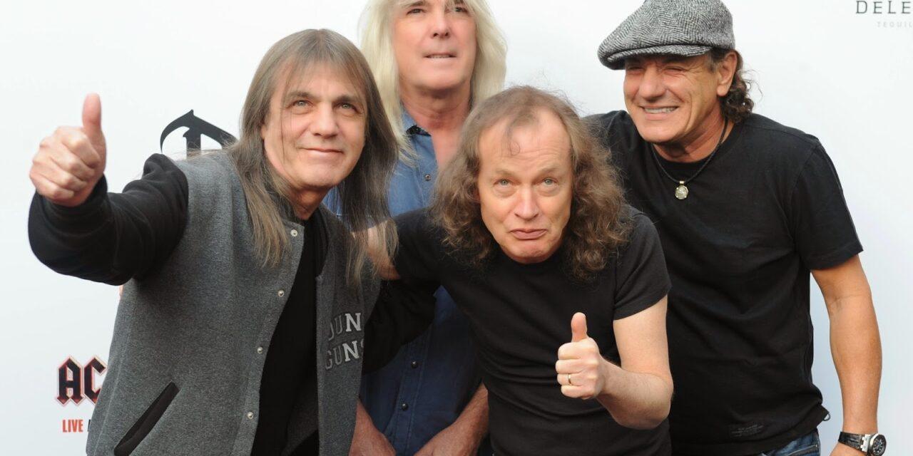 Új dalt adott ki az AC/DC