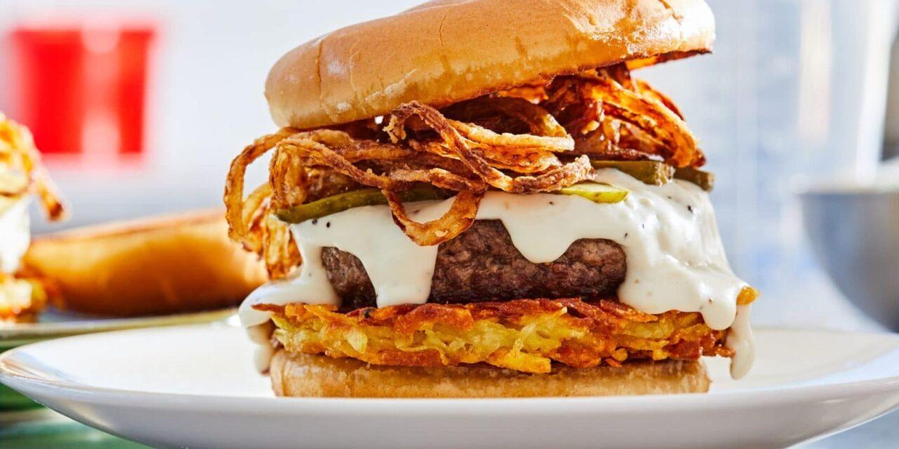Kecskesajtos burger rösztivel