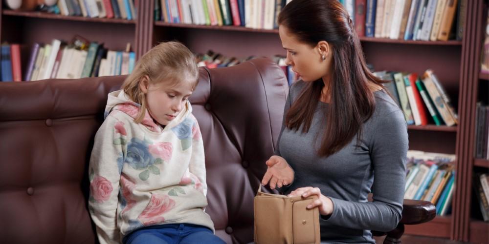 A gyermekem lop: mit tegyek, hogy máskor ez ne forduljon elő?