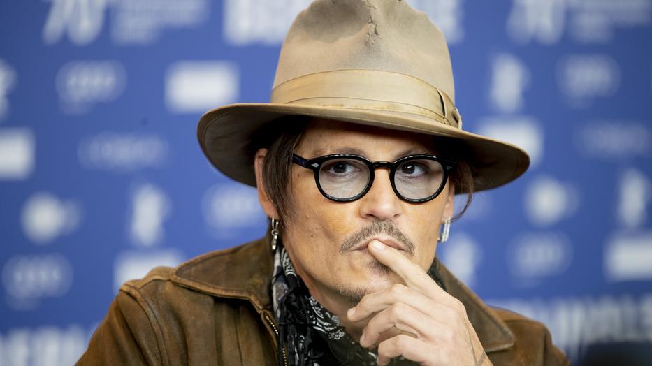 Kiderült! Johnny Depp feleségverő