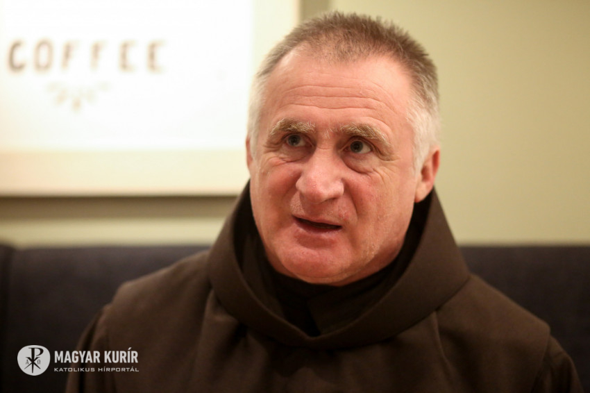 Böjte Csaba üzenete a kórházból: Él az Isten!